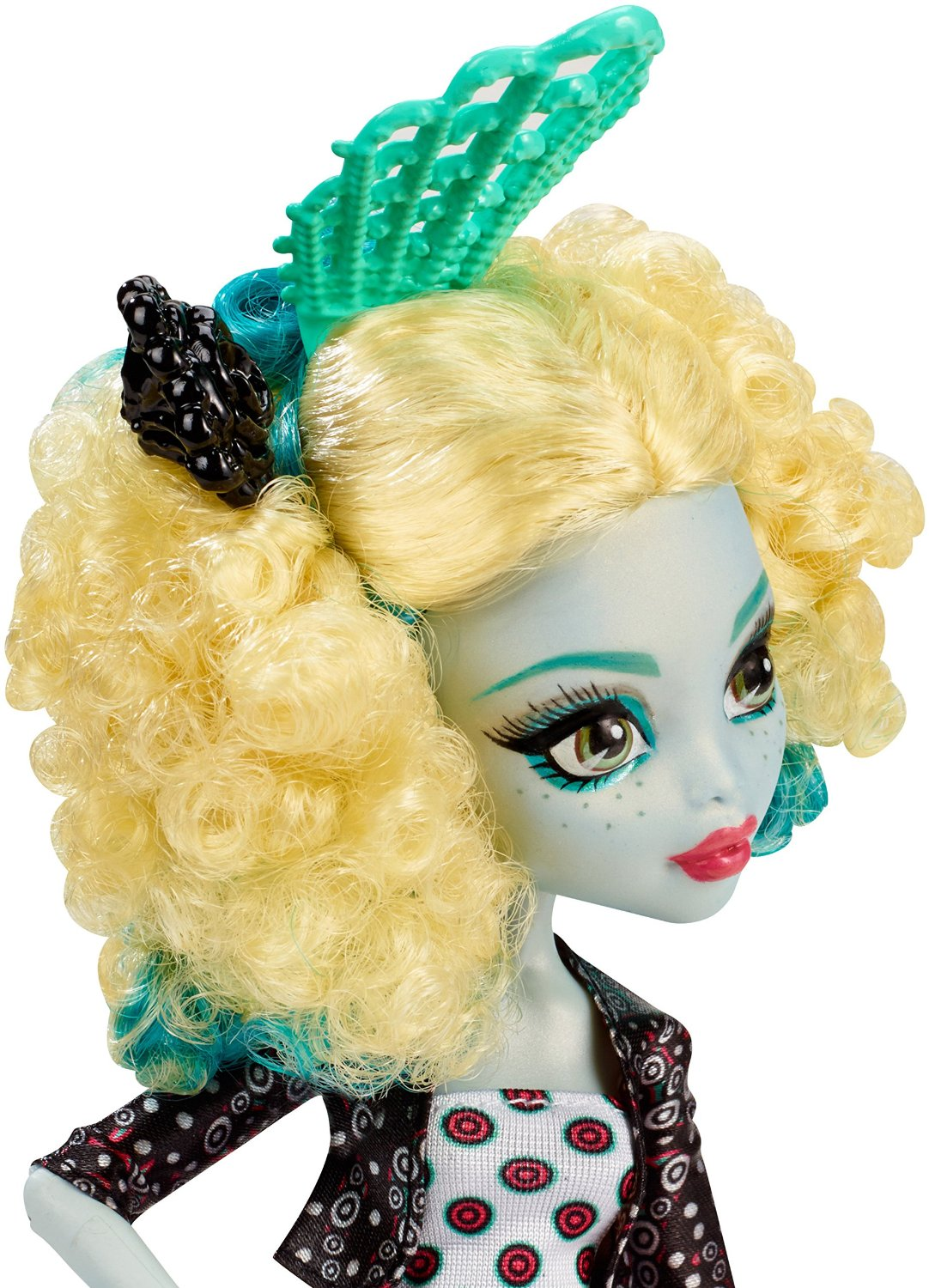 Tieu quai vat bien di du lich Monster High